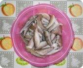 Кулинария: Подготовленные бычки для рыбных котлет