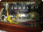 Мой опыт ремонта: Микросхемы закреплены на радиаторе через термопроводящие прокладки
