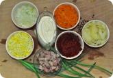 Кулинария: Подготовленные ингридиенты для селедки под шубой - фото